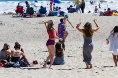 在海滩或静寂音乐会的沈默音乐会 免版税图库摄影