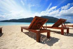 在海滩的休眠 免版税库存图片