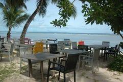 在海滩的咖啡馆 库存图片