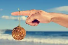 在海滩的圣诞节 库存图片