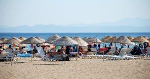 在海滩的夏天在Sarimsakli,土耳其 图库摄影