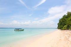 在海滩的小船,巴拿马 库存照片
