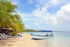 在海滩的小船,巴拿马 库存图片
