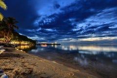 在海洋的惊人的日落 免版税库存照片