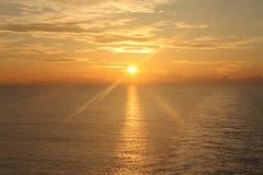 在海洋13的日出 免版税库存图片