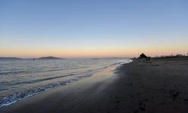 在海滩的晚上旧金山 免版税库存照片