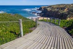 在海滩的木台阶在Almograve 库存照片