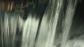 在海水的泡沫 股票视频