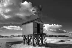 在海滩的海村庄海岛泰尔斯海灵岛在荷兰 免版税库存照片