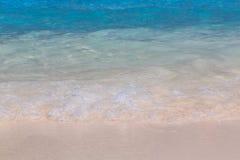 在海滩的海波浪 库存图片