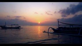 在海滩的渔船 影视素材