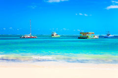 在海洋的游览在蓬塔Cana, 27 04 13 免版税库存照片