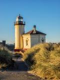 在海滩的灯塔 库存照片
