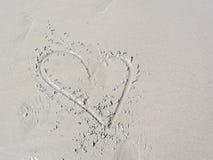 在海滩的爱。 库存照片