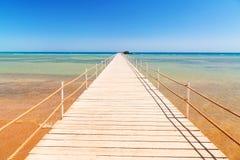 在海滩的码头红海在Hurghada 库存照片
