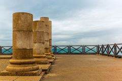 在海滨的罗马别墅在凯瑟里雅- 3 库存图片