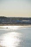 在海滩的金黄光在缅因 库存图片