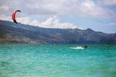 在海洋的风筝Surver 图库摄影
