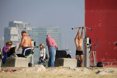 在海滩的10月体育 免版税库存图片