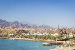 在海滩的2月天在Sharm El谢赫 免版税库存照片