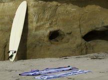 在海滩的水橇板 免版税图库摄影