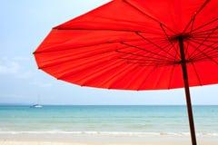 在海滩的Sailer 库存照片