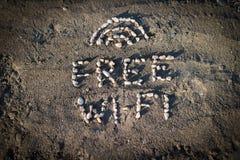 在海滩的Wi-Fi 免版税库存图片