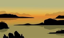 在海滩风景的岩石 免版税图库摄影
