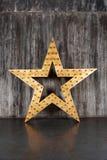 在混凝土墙背景的大星  库存图片