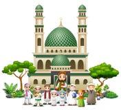 在清真寺前面的愉快的回教家庭动画片 向量例证