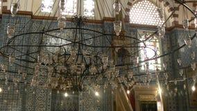 在清真寺里面的灯 库存照片