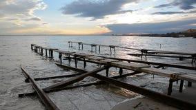 在渔村的五颜六色的海景在Ravda,保加利亚附近 在黑海海岸的海日落 影视素材
