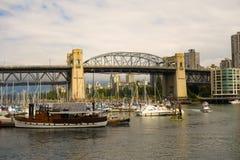 在温哥华` s口岸的划船场面 免版税图库摄影