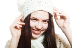 在温暖的帽子的妇女衣物 库存图片