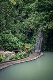在温泉城附近的小瀑布 图库摄影