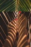 在温泉的妇女腿 免版税图库摄影