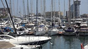 在港口或口岸的风船 股票视频