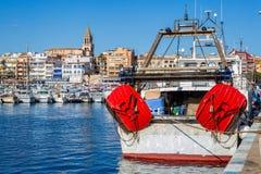 在港口Palamà ³ s在西班牙, 2017年5月14日的Fisher小船 免版税库存图片