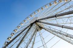 在游乐园的弗累斯大转轮 库存图片