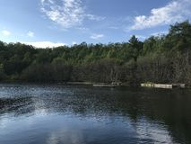 在游泳前的Portage湖 库存图片