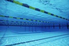 在游泳池的车道 免版税库存图片