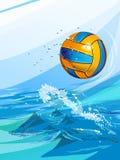 在游泳池的水球球 免版税库存照片