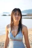 在游泳以后在海 免版税库存图片