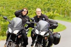 在游览中的摩托车骑士 库存照片