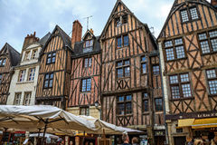 在游览的中世纪大厦,法国 库存图片
