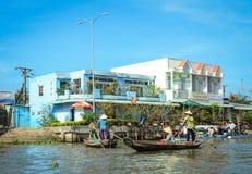 在湄公河三角洲的浮动市场,越南 库存图片