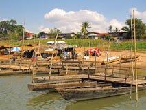 在湄公河的小船 免版税库存图片