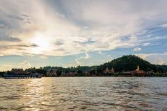 在湄公河的巡航 图库摄影