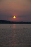 在湄公河的日落在万象老挝 免版税库存照片