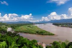 在湄公河,清莱府的金黄三角 免版税库存照片